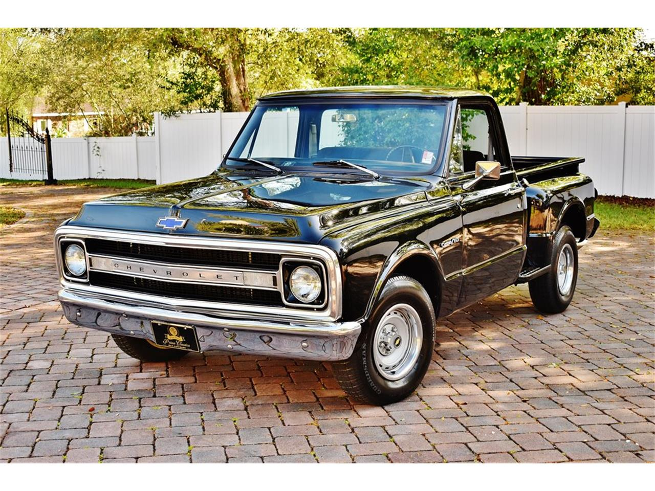 Large Picture of Classic 1969 Chevrolet Stepside located in Lakeland Florida - PKMT