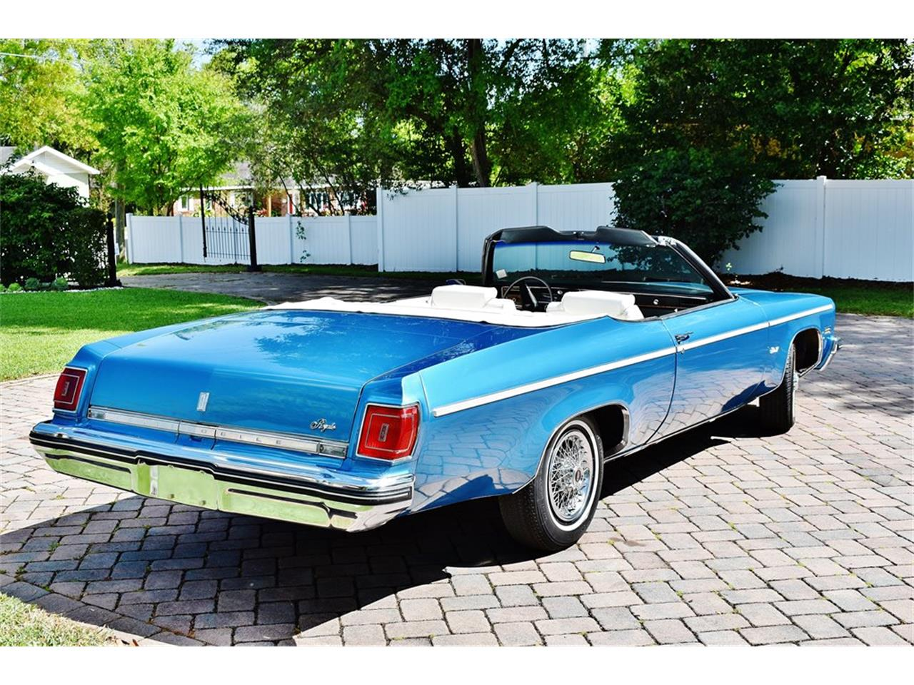 Large Picture of '75 Delta 88 - $24,900.00 Offered by Primo Classic International LLC - PKMX