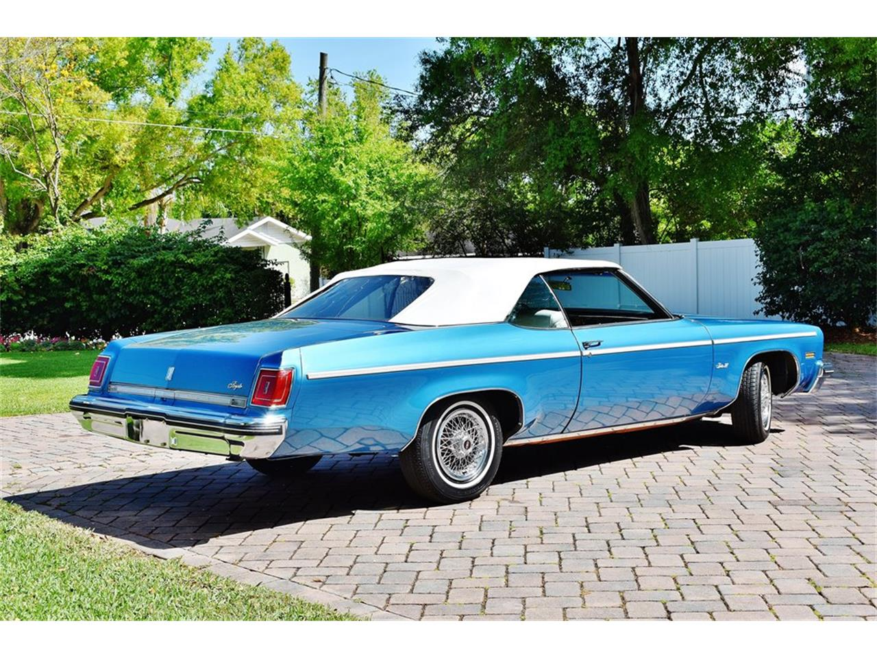 Large Picture of 1975 Oldsmobile Delta 88 located in Florida - $24,900.00 - PKMX