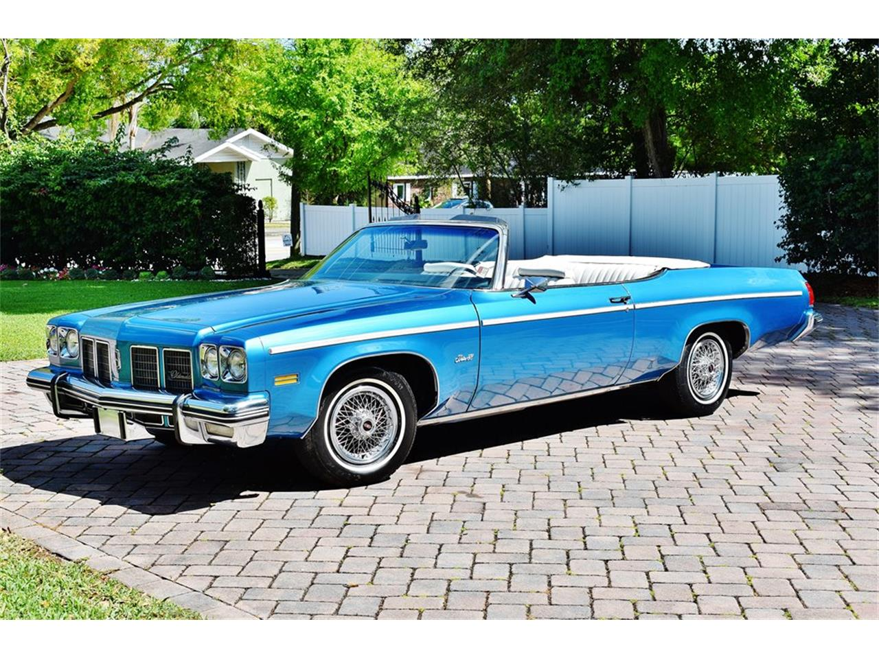 Large Picture of '75 Oldsmobile Delta 88 located in Lakeland Florida - $24,900.00 - PKMX