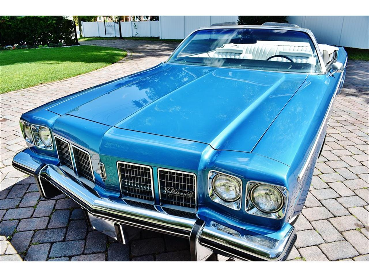 Large Picture of '75 Oldsmobile Delta 88 - $24,900.00 Offered by Primo Classic International LLC - PKMX
