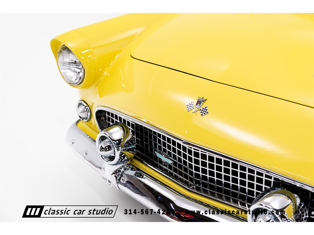Large Picture of '55 Thunderbird located in Missouri Auction Vehicle Offered by Classic Car Studio - PKP1