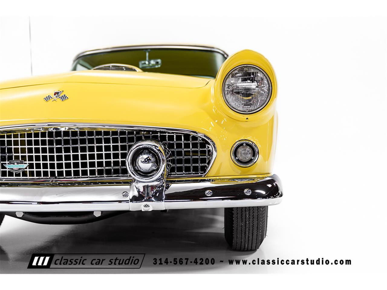 Large Picture of '55 Thunderbird located in SAINT LOUIS Missouri Auction Vehicle - PKP1