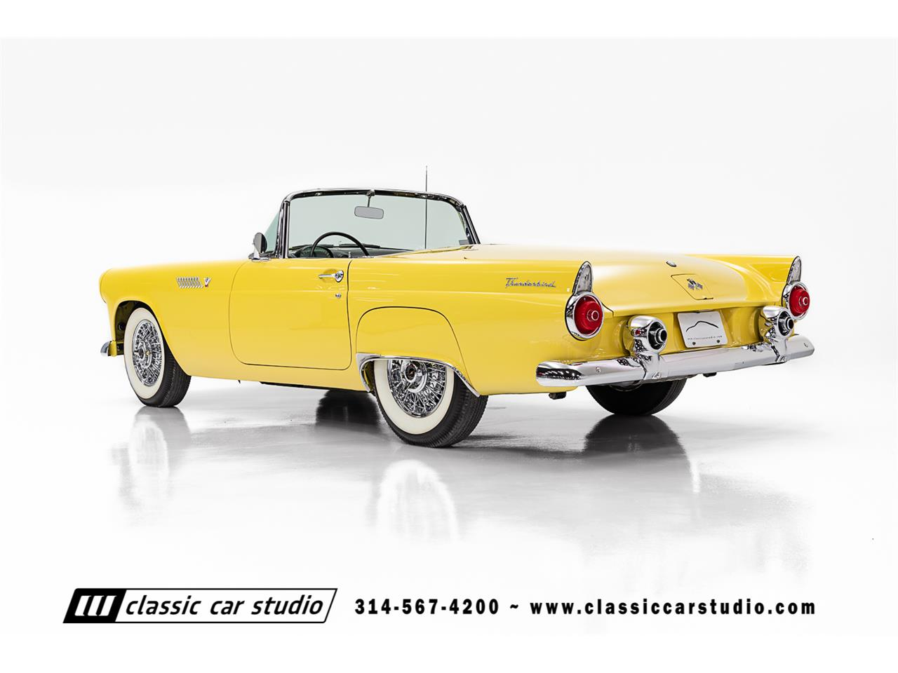 Large Picture of Classic '55 Thunderbird located in SAINT LOUIS Missouri Auction Vehicle Offered by Classic Car Studio - PKP1