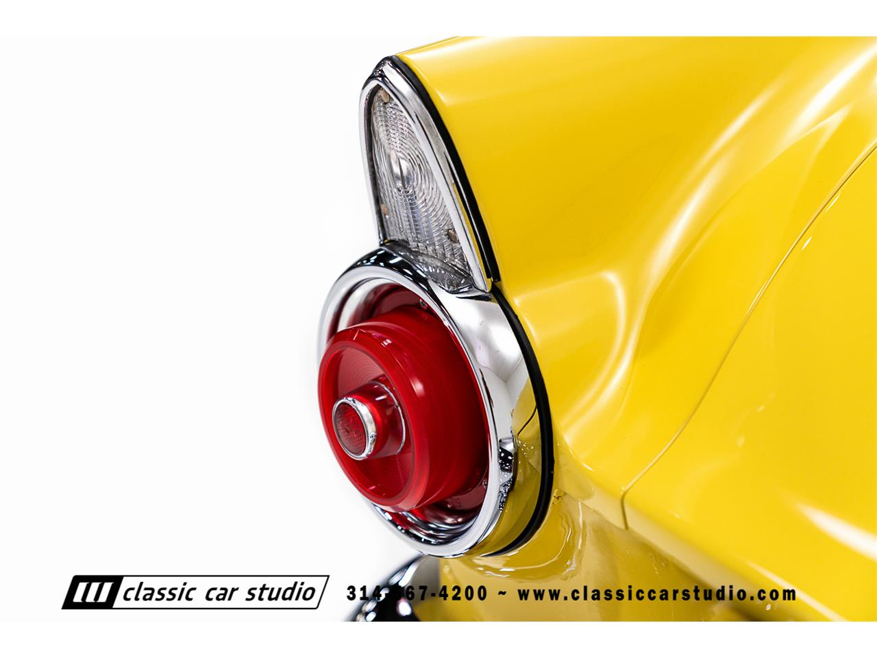 Large Picture of '55 Thunderbird Offered by Classic Car Studio - PKP1