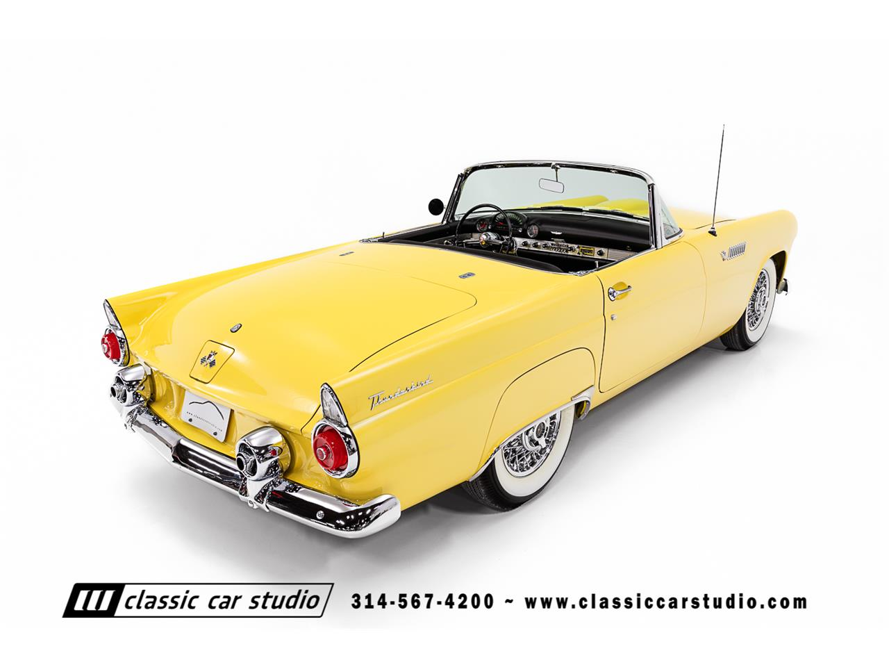 Large Picture of Classic 1955 Ford Thunderbird located in SAINT LOUIS Missouri - PKP1