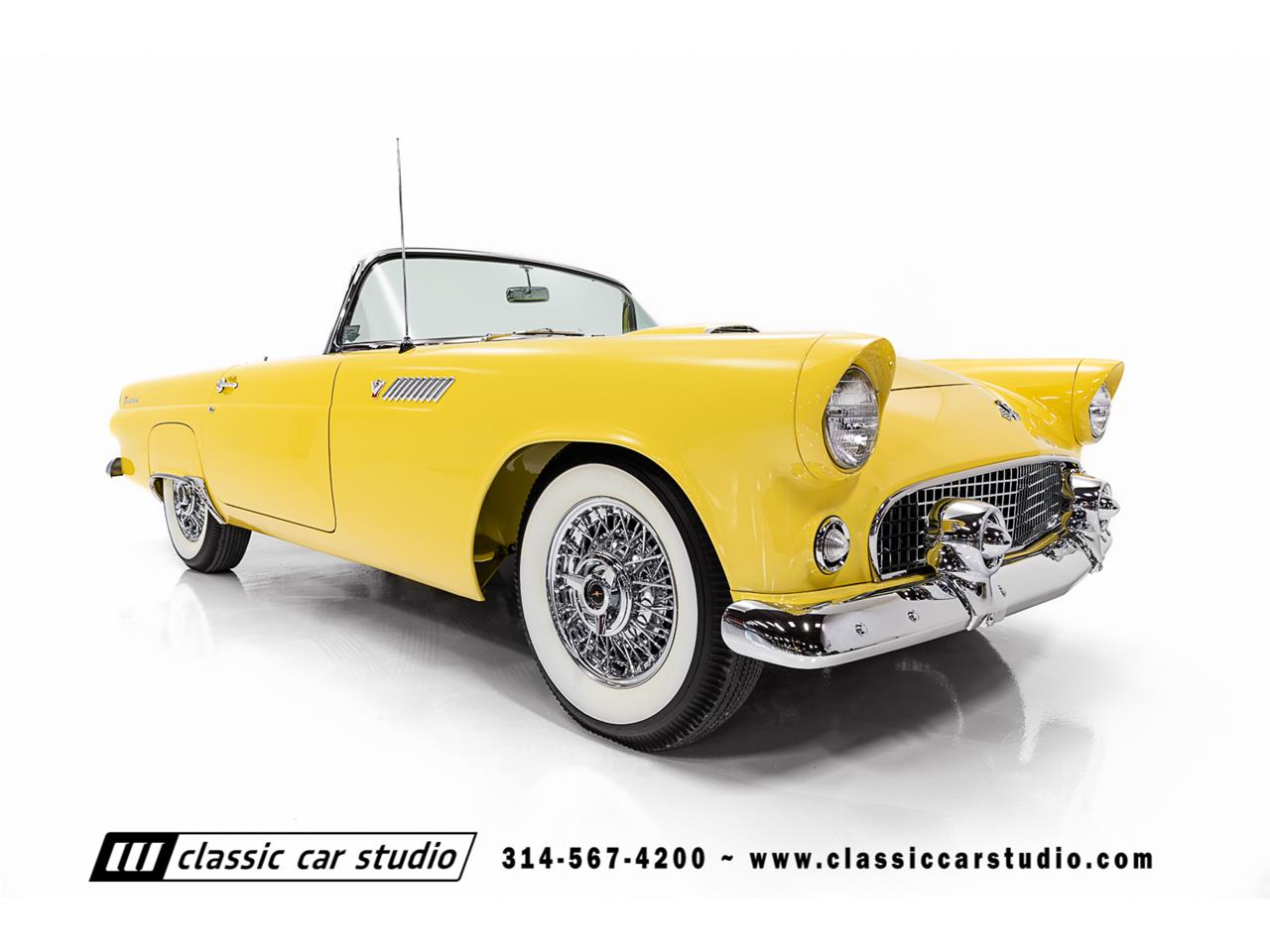 Large Picture of Classic '55 Ford Thunderbird located in SAINT LOUIS Missouri - PKP1