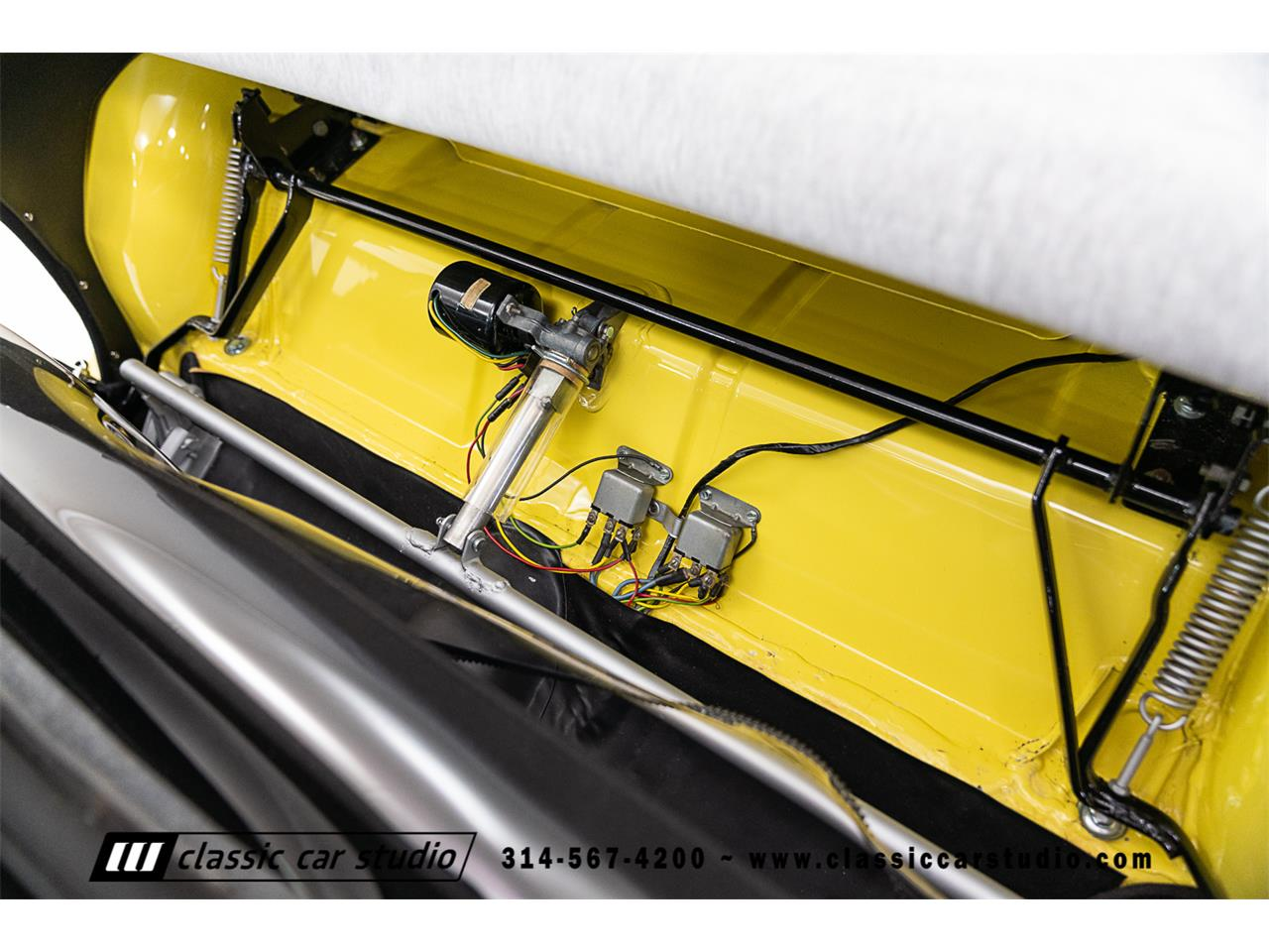 Large Picture of Classic 1955 Thunderbird Offered by Classic Car Studio - PKP1