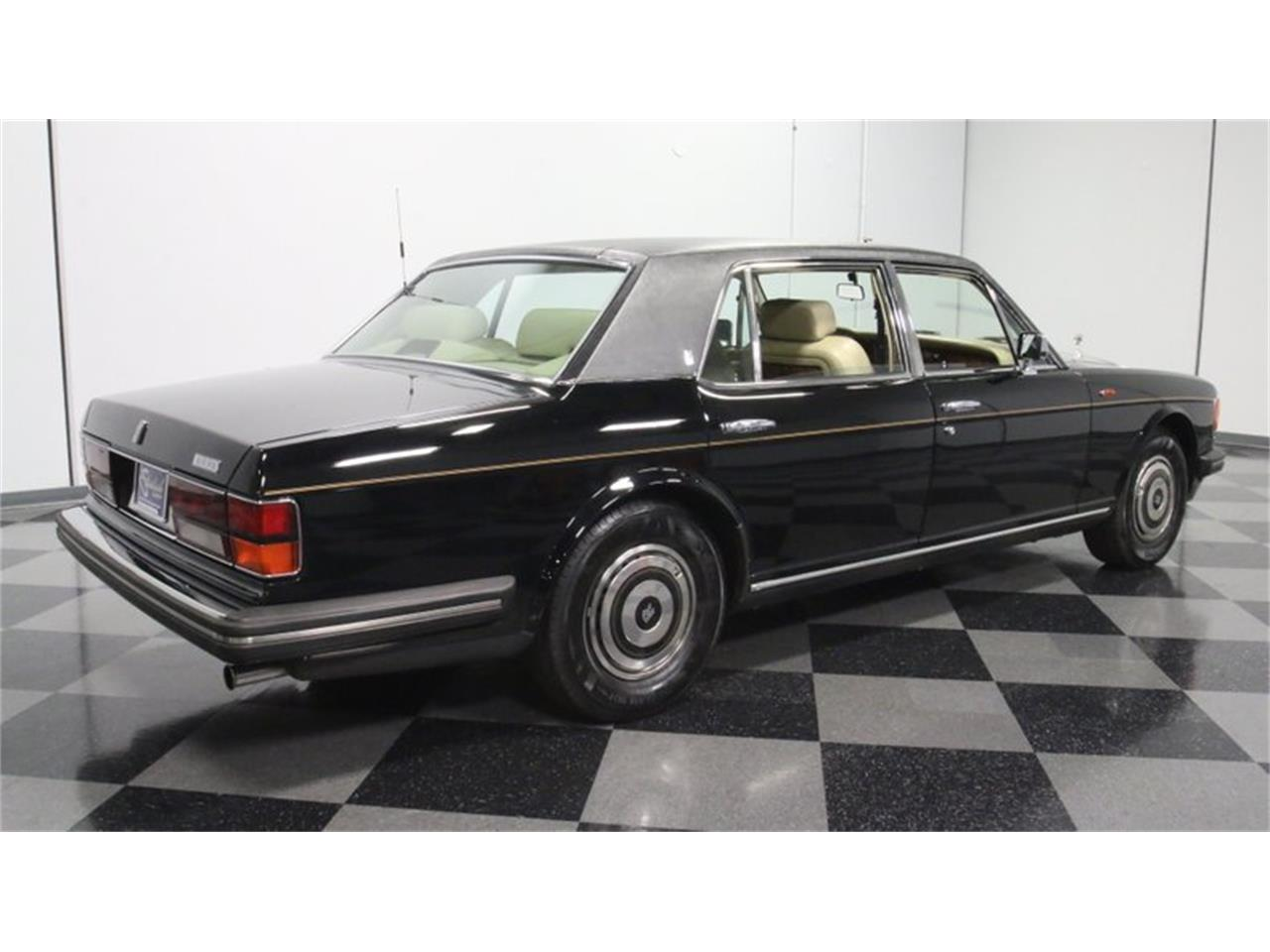 Large Picture of 1988 Rolls-Royce Silver Spur Offered by Streetside Classics - Atlanta - PKR2