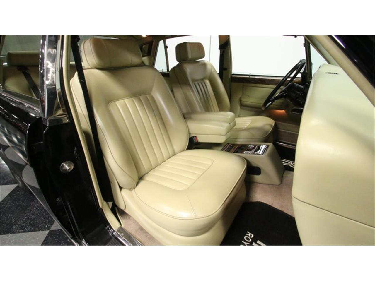 Large Picture of '88 Rolls-Royce Silver Spur located in Georgia Offered by Streetside Classics - Atlanta - PKR2