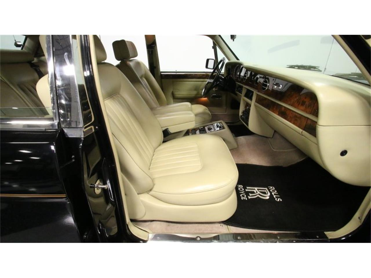 Large Picture of 1988 Rolls-Royce Silver Spur located in Lithia Springs Georgia - $29,995.00 - PKR2