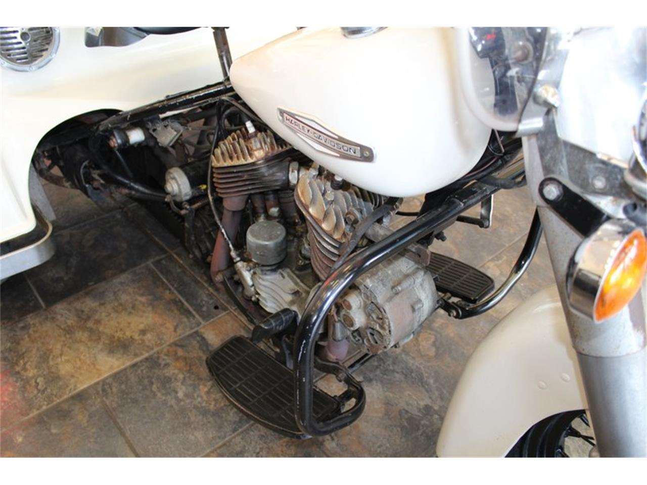Large Picture of '67 Harley-Davidson Motorcycle Offered by Classic Cars of Sarasota - PKVZ