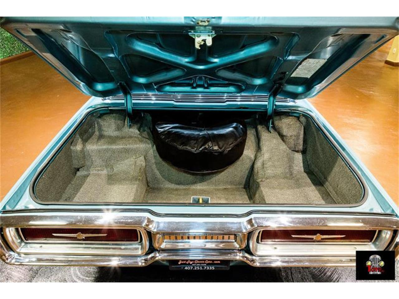 Large Picture of '64 Thunderbird - PKYG