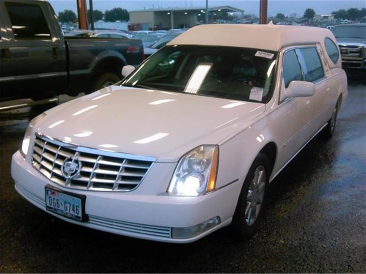 Large Picture of '11 Hearse - PKYX