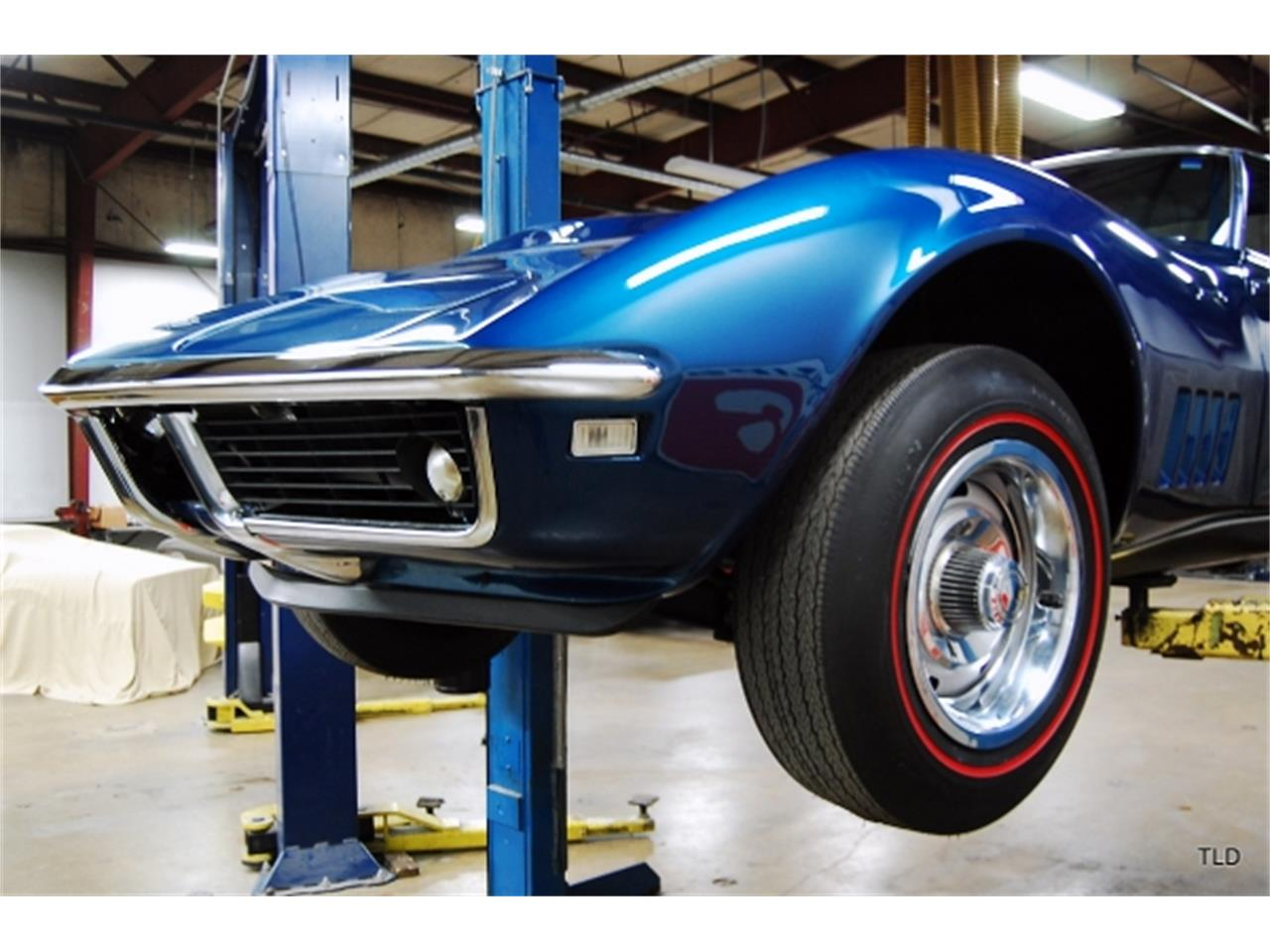 Large Picture of '68 Corvette - PKZO