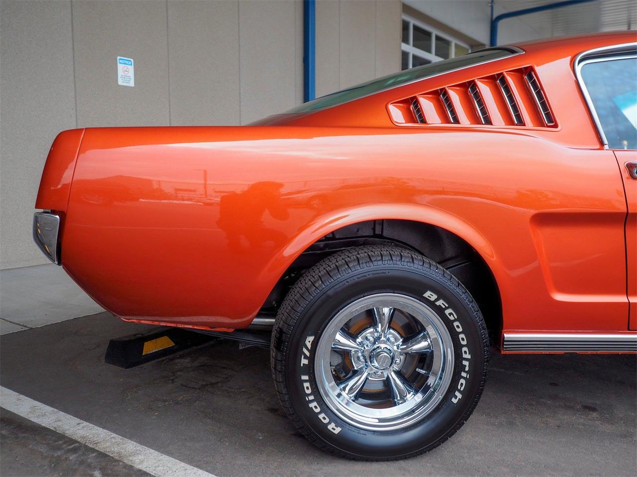Large Picture of Classic '65 Ford Mustang - $44,990.00 Offered by Cars Remember When - PL9L