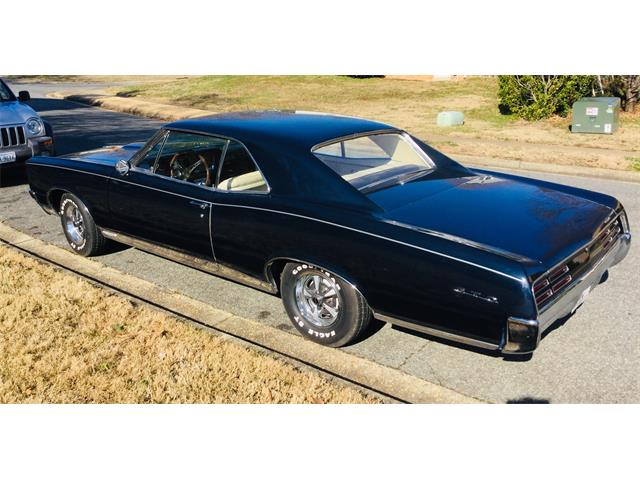 Picture of '67 Pontiac GTO located in MILFORD Ohio Offered by  - PIJU