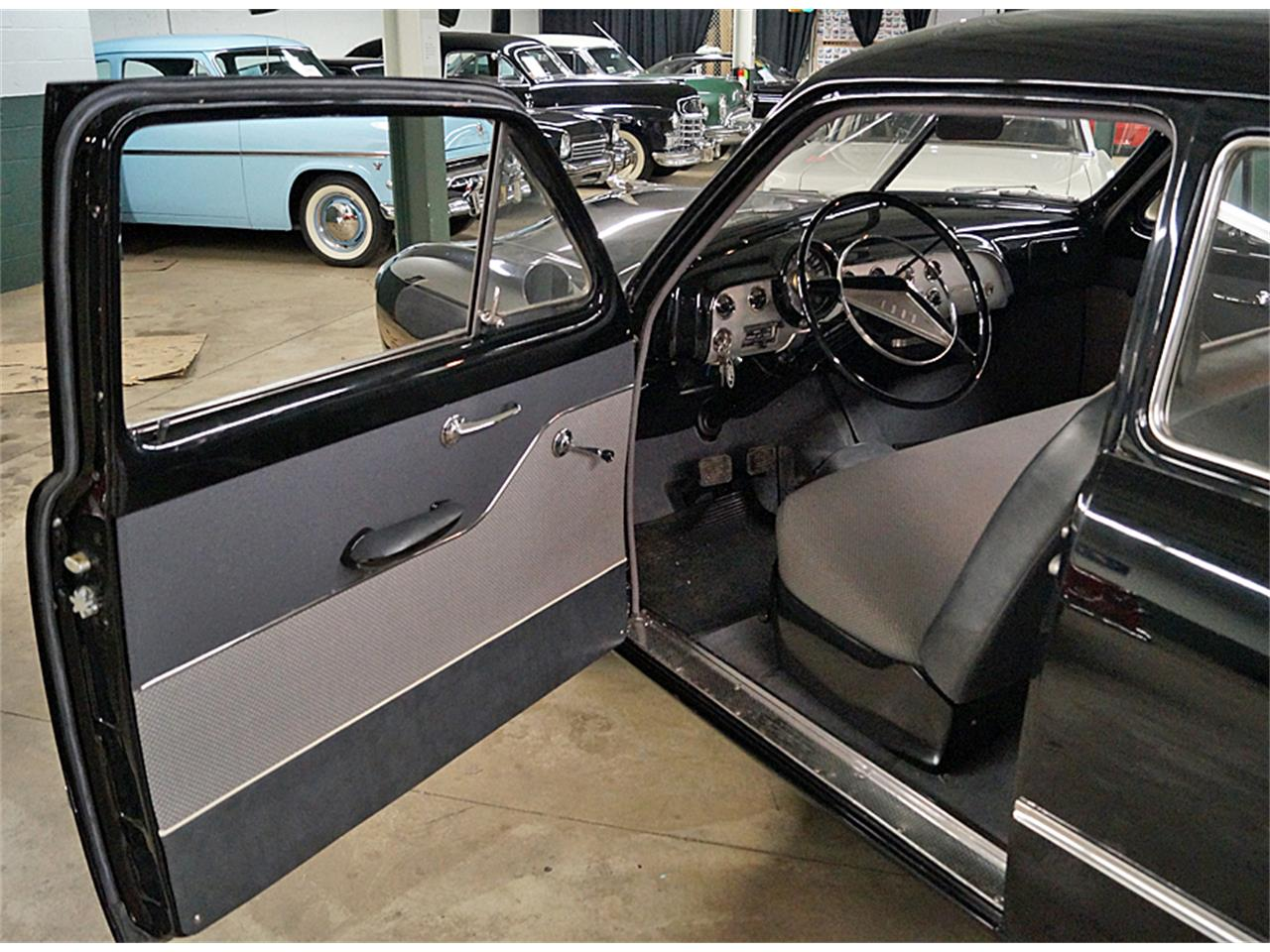 Large Picture of Classic '51 Custom - $18,995.00 Offered by Motorcar Portfolio - PIKY
