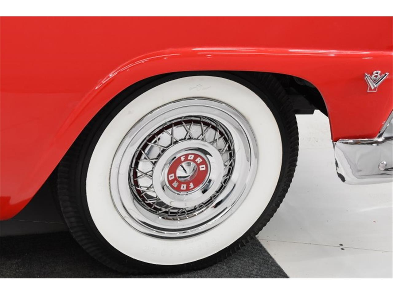 Large Picture of Classic '55 Ford Fairlane Offered by Volo Auto Museum - PM6P