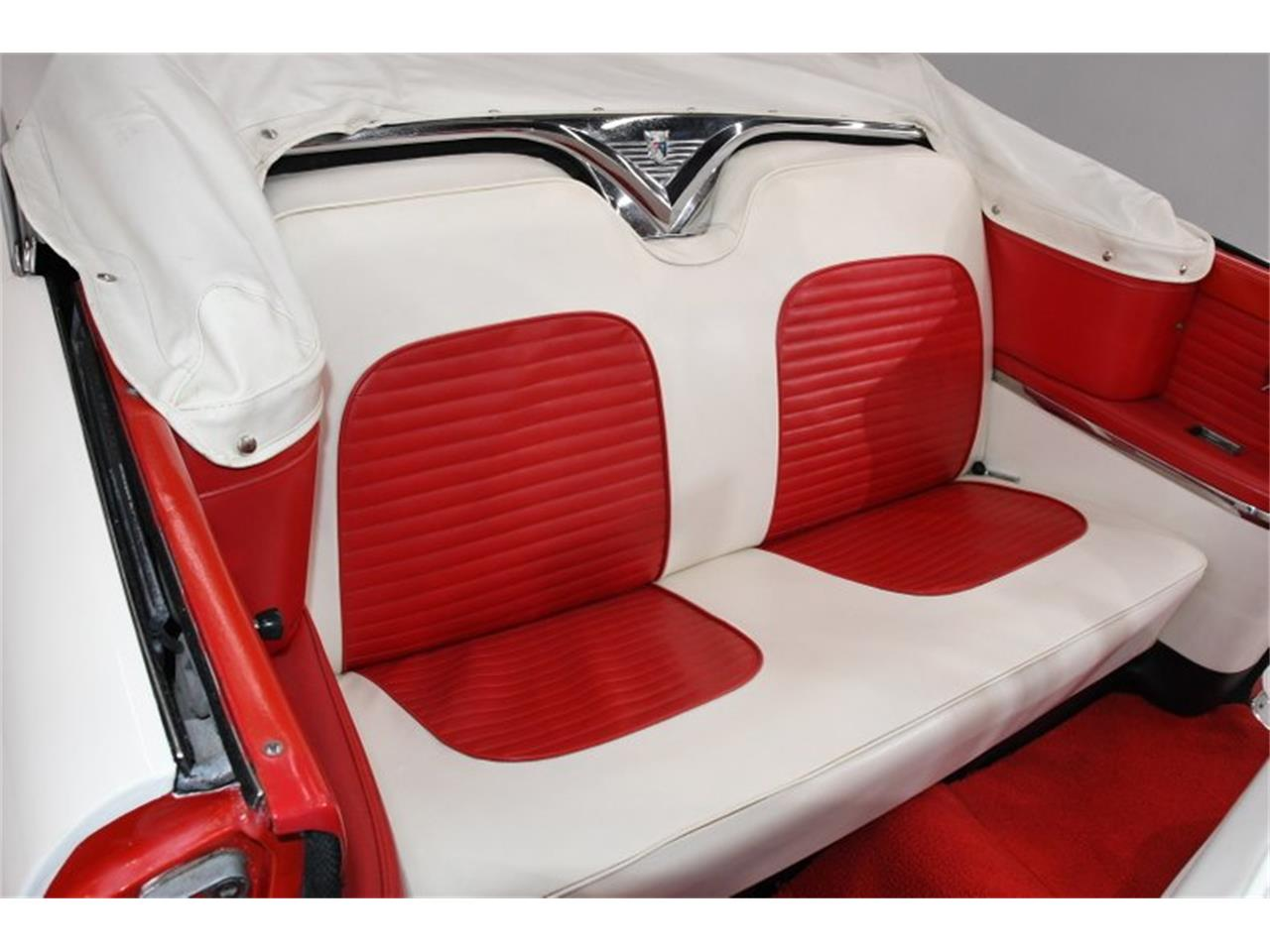 Large Picture of Classic '55 Ford Fairlane - $45,998.00 - PM6P