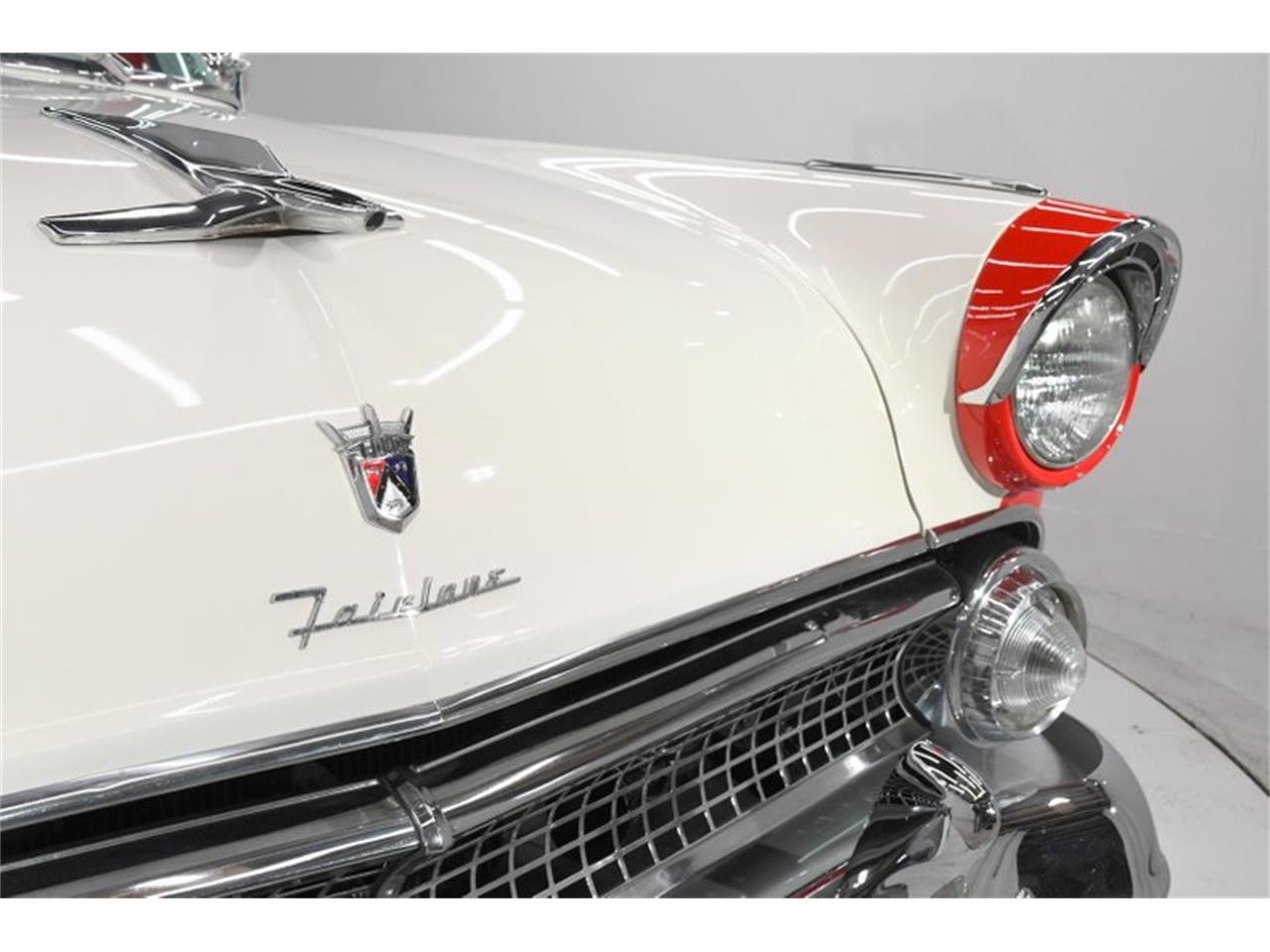 Large Picture of Classic 1955 Fairlane located in Volo Illinois Offered by Volo Auto Museum - PM6P