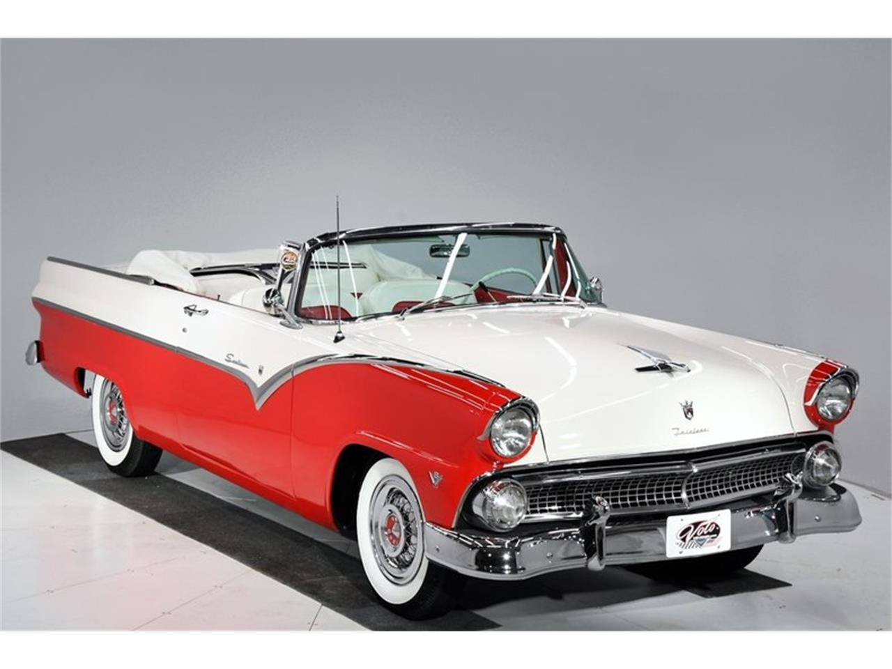 Large Picture of 1955 Fairlane - $45,998.00 - PM6P