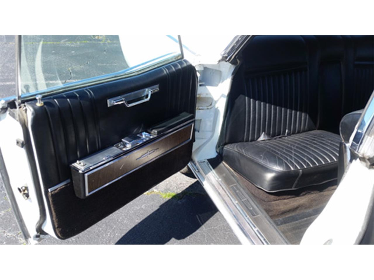 Large Picture of Classic 1967 Lincoln Continental - $15,988.00 - PMJL