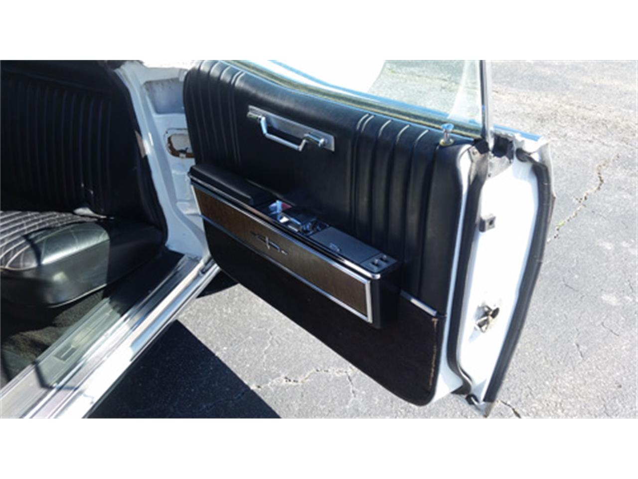 Large Picture of '67 Lincoln Continental - $15,988.00 - PMJL