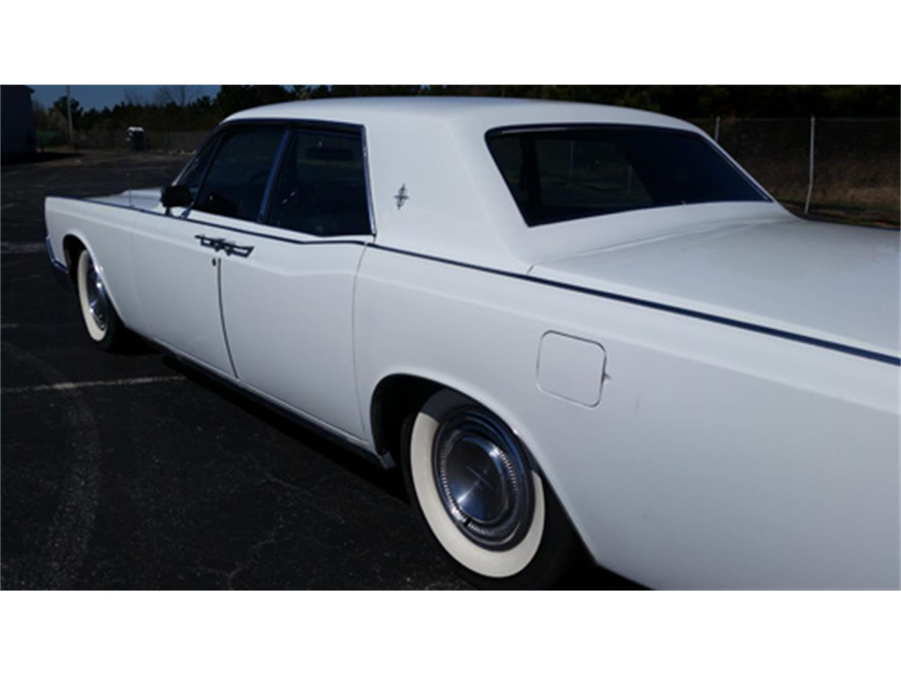 Large Picture of 1967 Continental located in Simpsonville South Carolina - PMJL