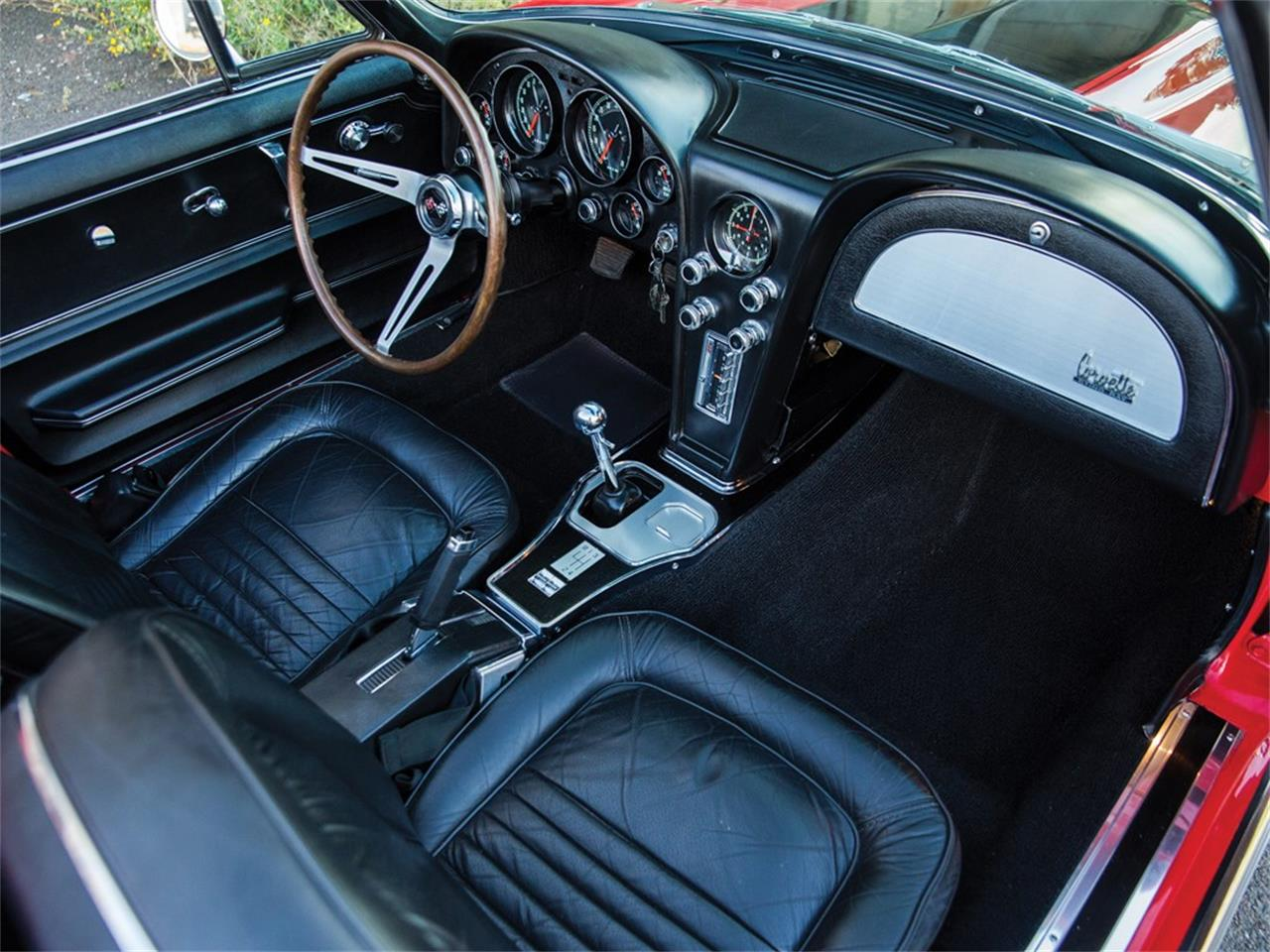 Large Picture of '67 Corvette Roadster 427/390 Hp - PMLJ