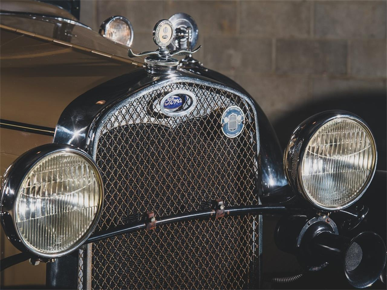 Large Picture of 1930 Model A DeLuxe Roadster located in St Louis Missouri Auction Vehicle Offered by RM Sotheby's - PMMS