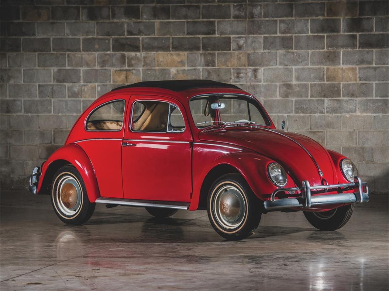 Large Picture of '62 Beetle Deluxe 'Sunroof' Sedan Auction Vehicle Offered by RM Sotheby's - PMN5
