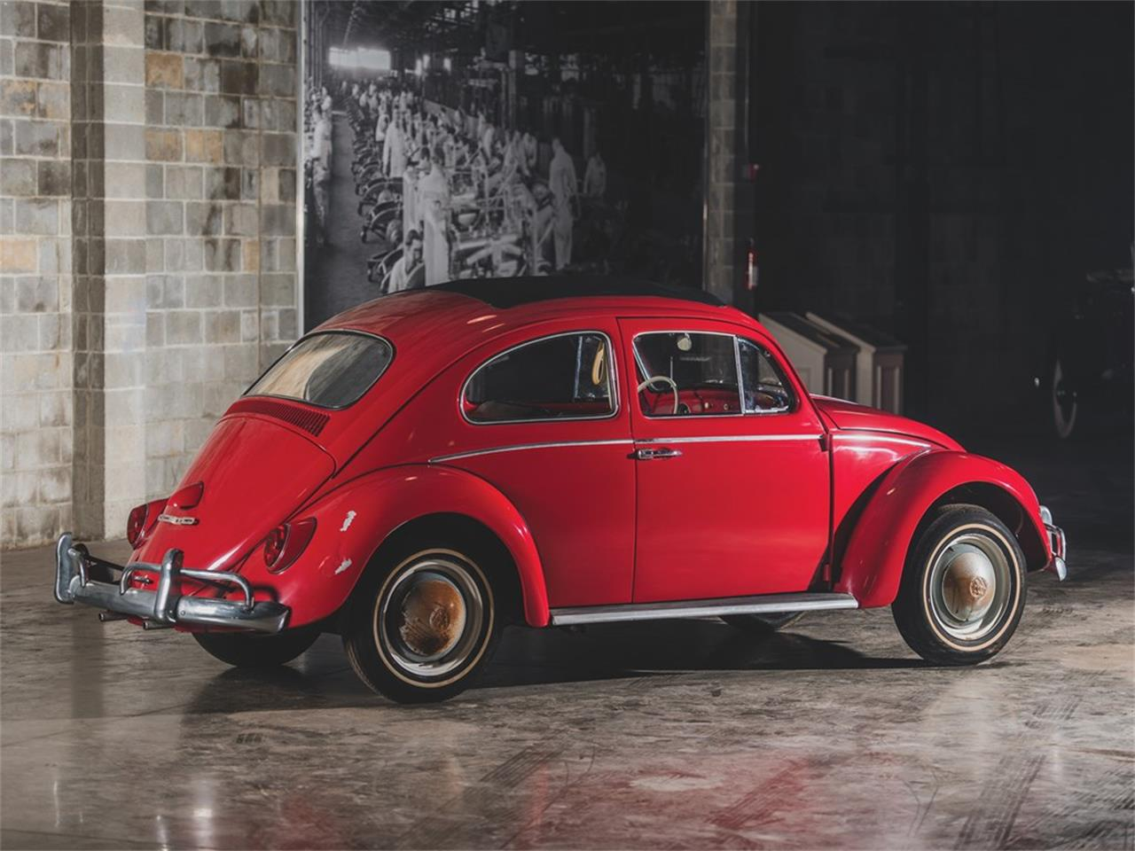 Large Picture of Classic '62 Beetle Deluxe 'Sunroof' Sedan Auction Vehicle - PMN5