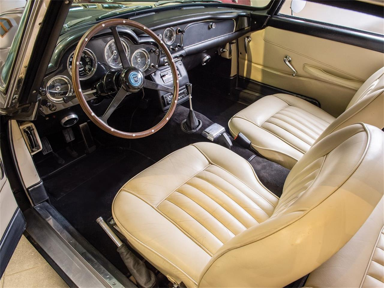 Large Picture of 1962 DB4 Series IV located in Essen  Auction Vehicle - PMRQ