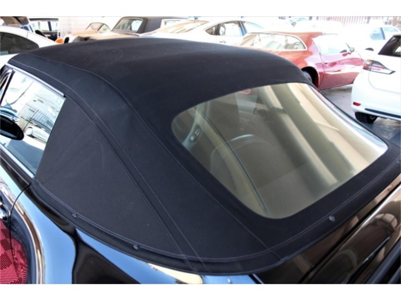 Large Picture of '98 Porsche 911 Carrera located in Sherman Oaks California Offered by Monza Car - PMWM