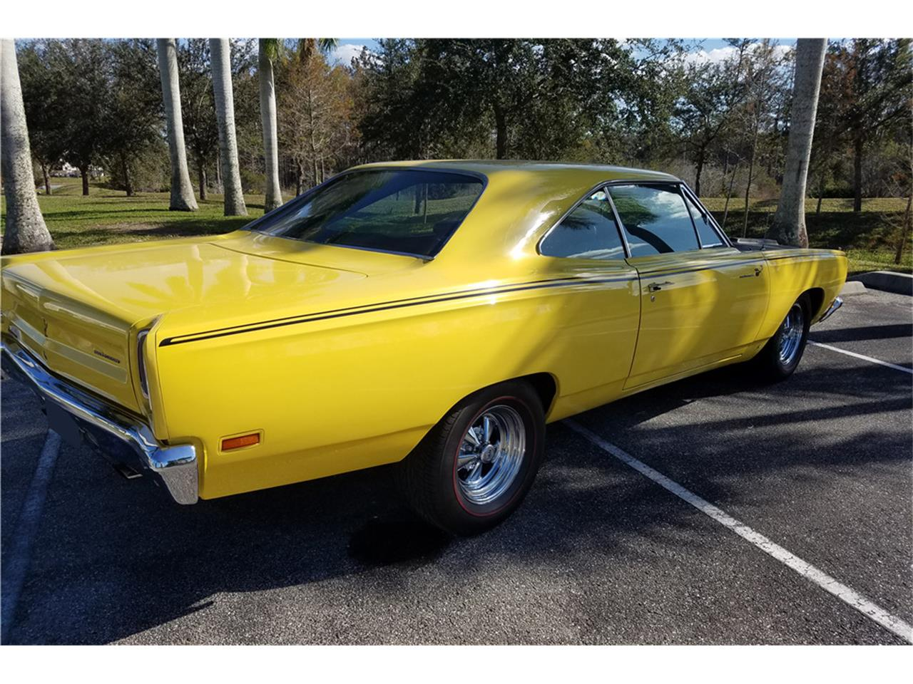 Large Picture of '69 Road Runner - PN0X