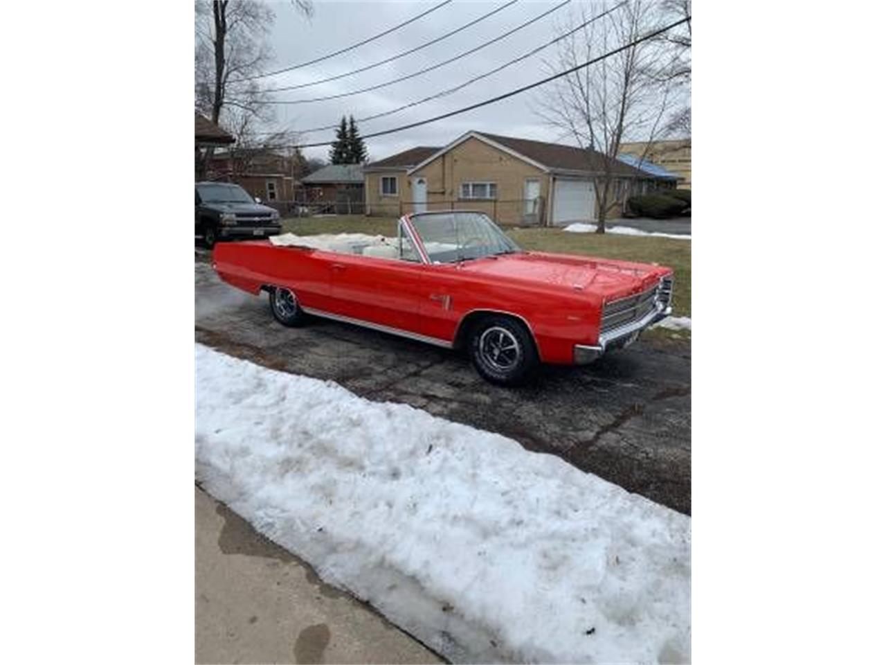 Large Picture of '67 Plymouth Sport Fury located in Michigan - PNBV