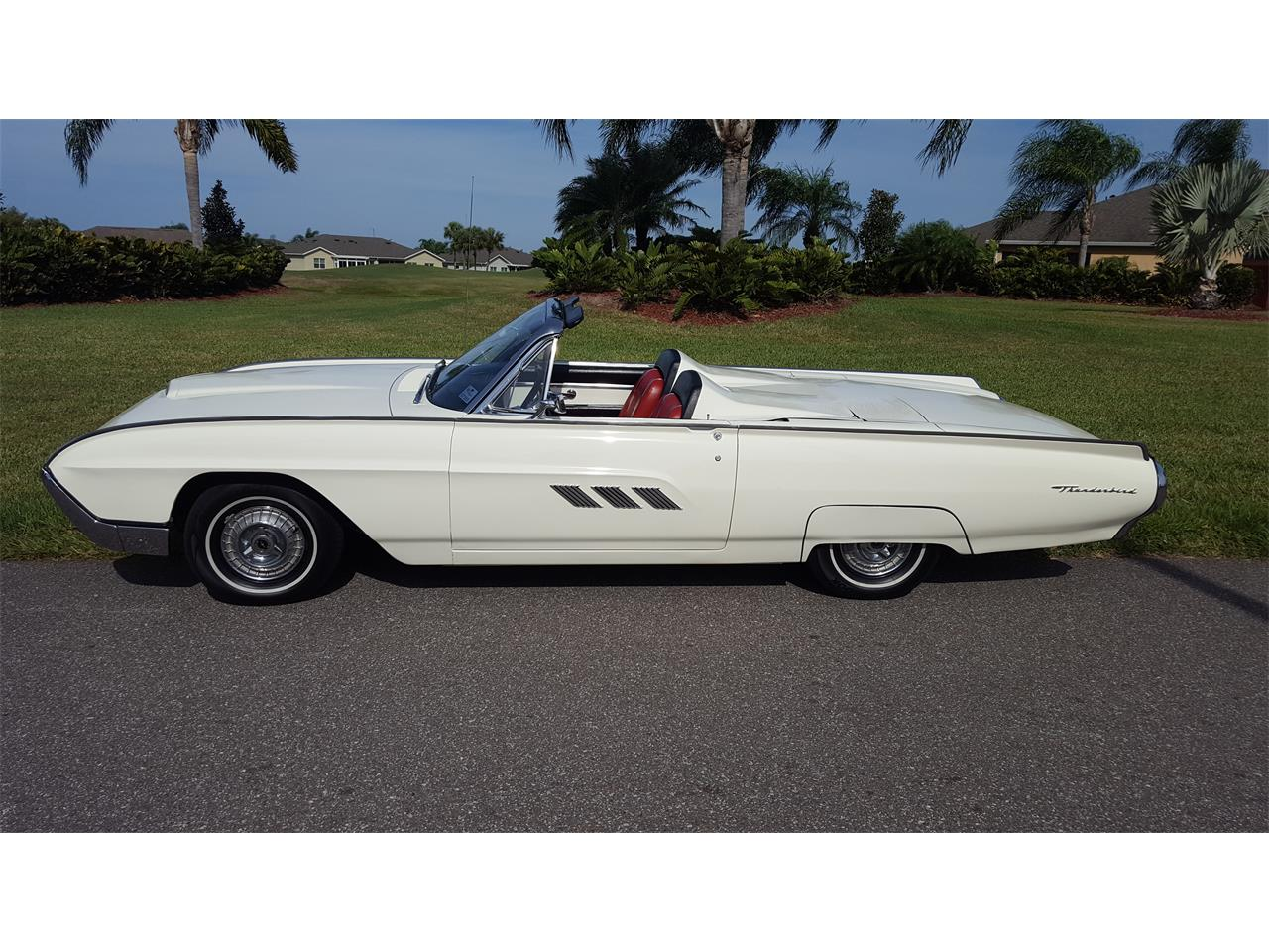 Large Picture of '63 Thunderbird located in Sun City Center Florida Offered by a Private Seller - PNEF