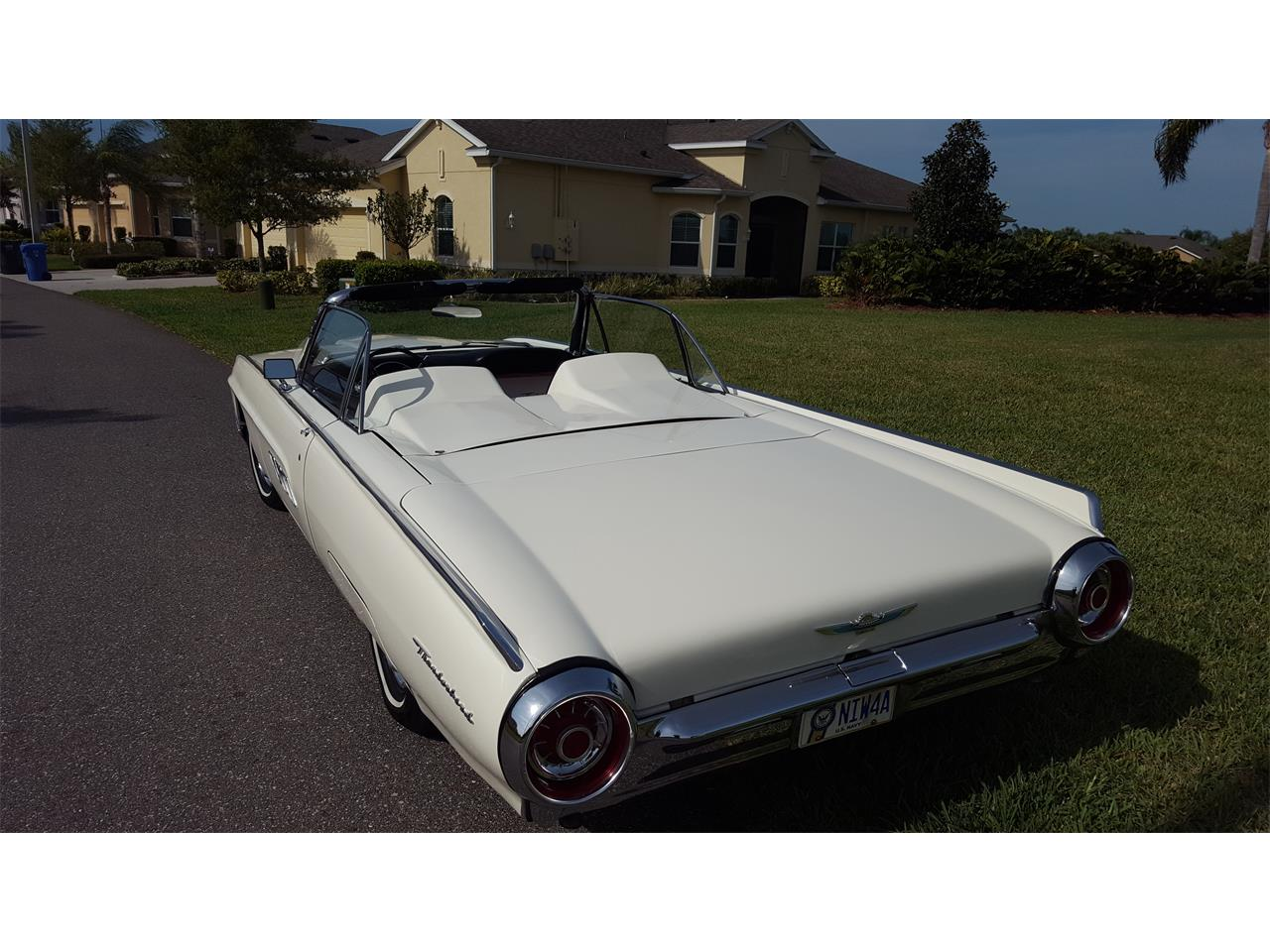 Large Picture of Classic 1963 Ford Thunderbird Offered by a Private Seller - PNEF