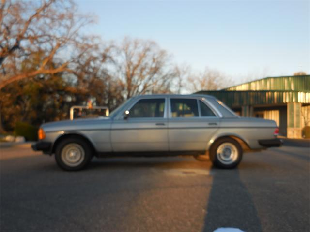 Picture of '82 Mercedes-Benz 300D located in California Offered by  - PNHN