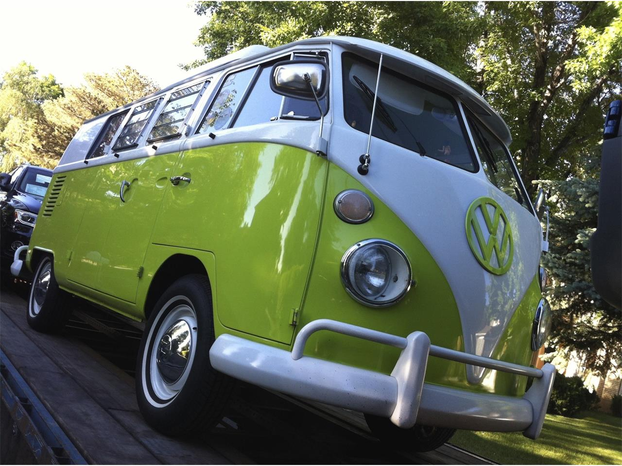 Large Picture of '67 Volkswagen Westfalia Camper - PNJT