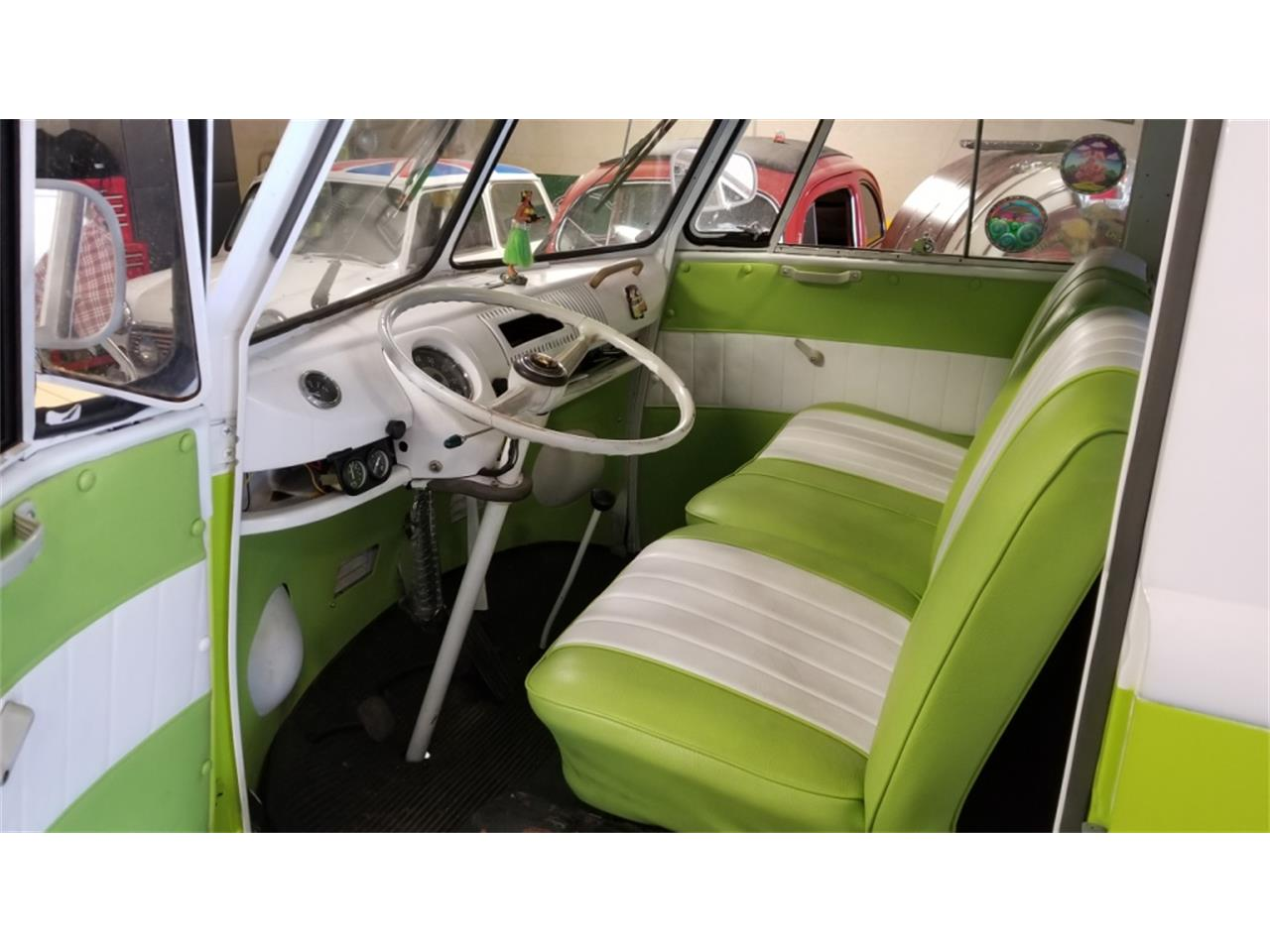Large Picture of Classic '67 Volkswagen Westfalia Camper Auction Vehicle - PNJT