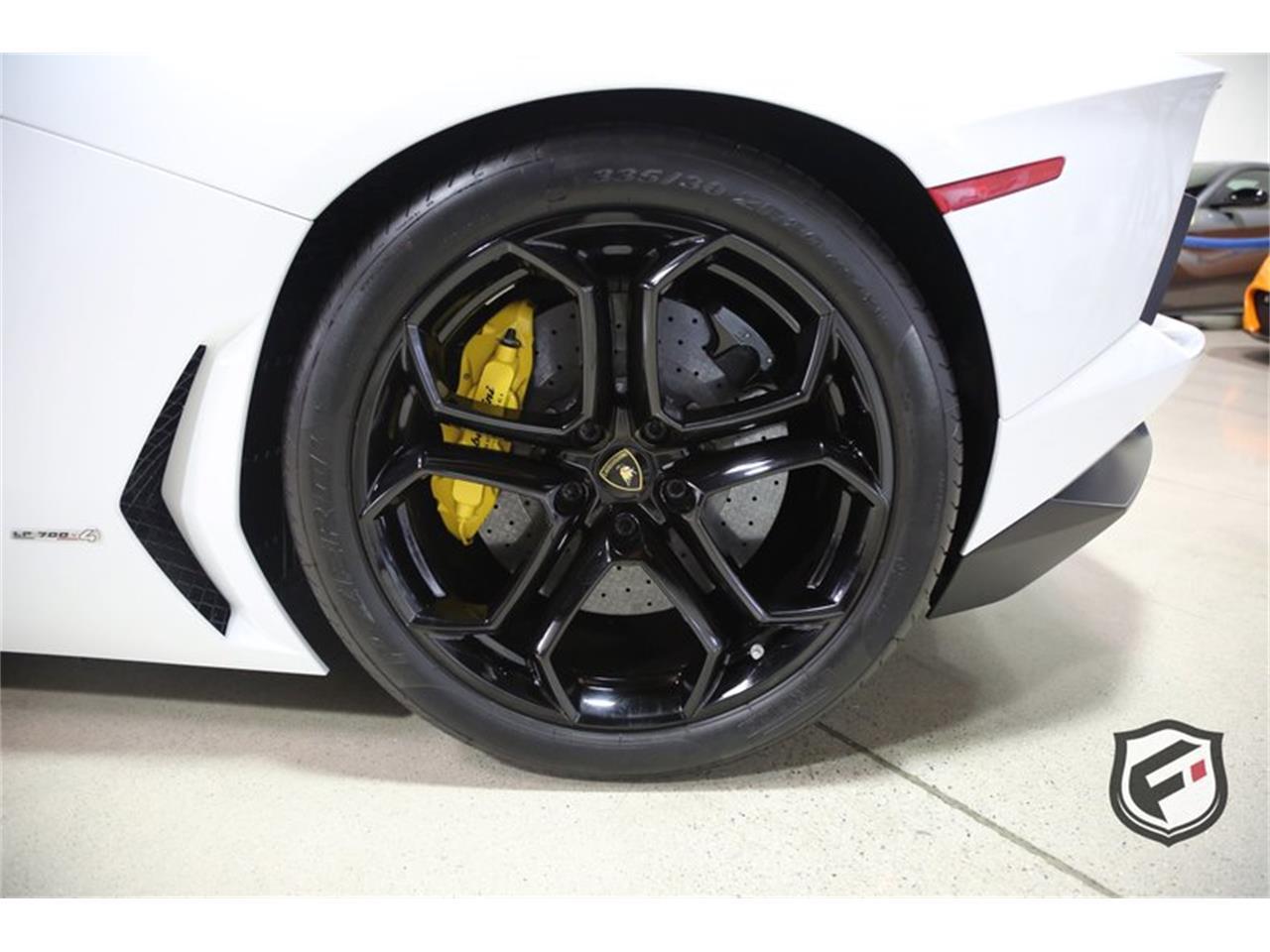 Large Picture of '13 Lamborghini Aventador located in California - $279,950.00 - PNKJ