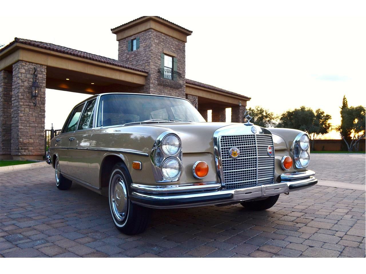 Large Picture of Classic '73 Mercedes-Benz 280SEL located in Arizona - $23,995.00 - PNR0