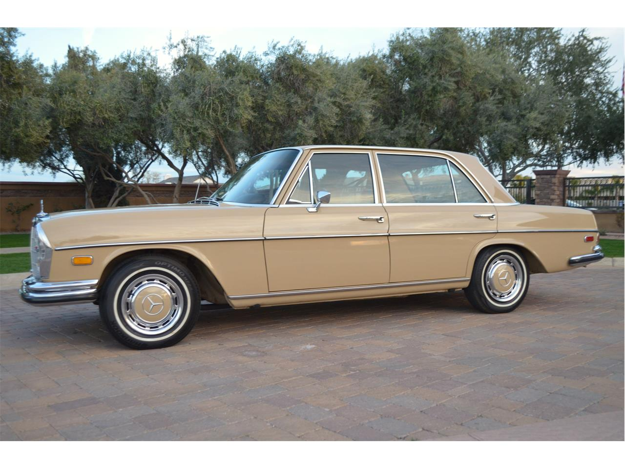 Large Picture of Classic '73 280SEL located in Chandler Arizona - PNR0
