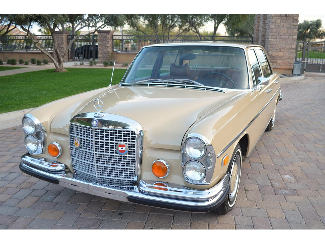 Large Picture of Classic 1973 280SEL located in Chandler Arizona Offered by European Motor Studio - PNR0