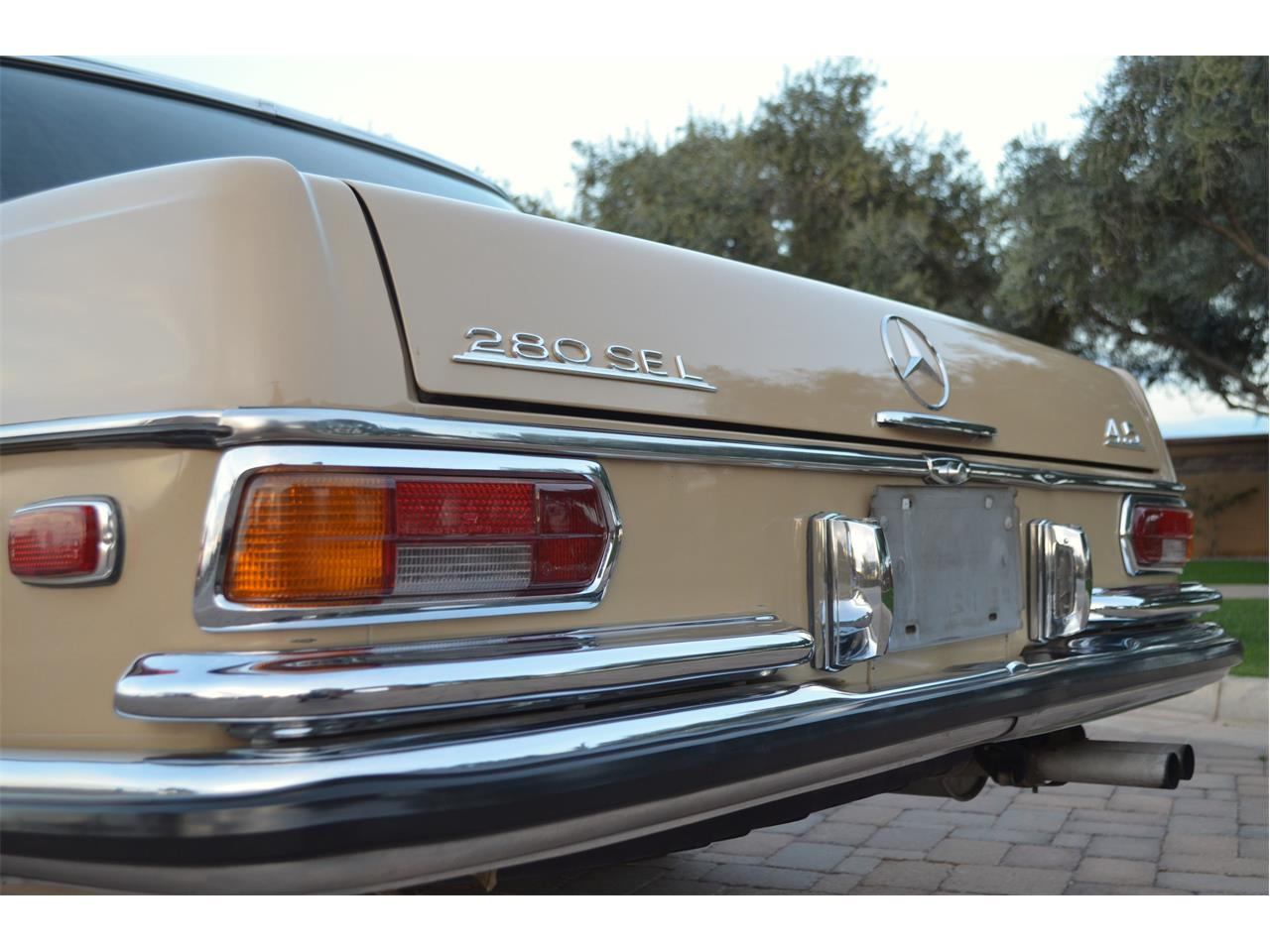 Large Picture of Classic '73 Mercedes-Benz 280SEL located in Arizona - PNR0