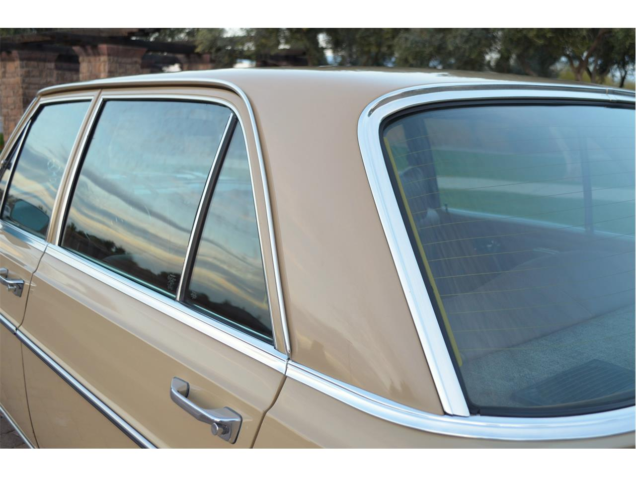 Large Picture of Classic '73 Mercedes-Benz 280SEL located in Arizona Offered by European Motor Studio - PNR0