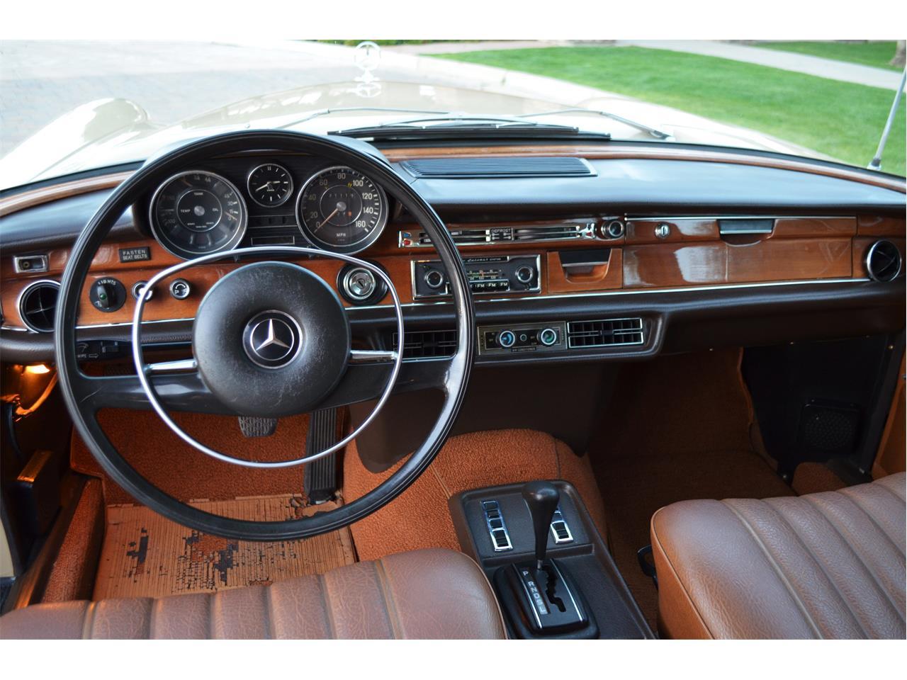 Large Picture of '73 Mercedes-Benz 280SEL - PNR0