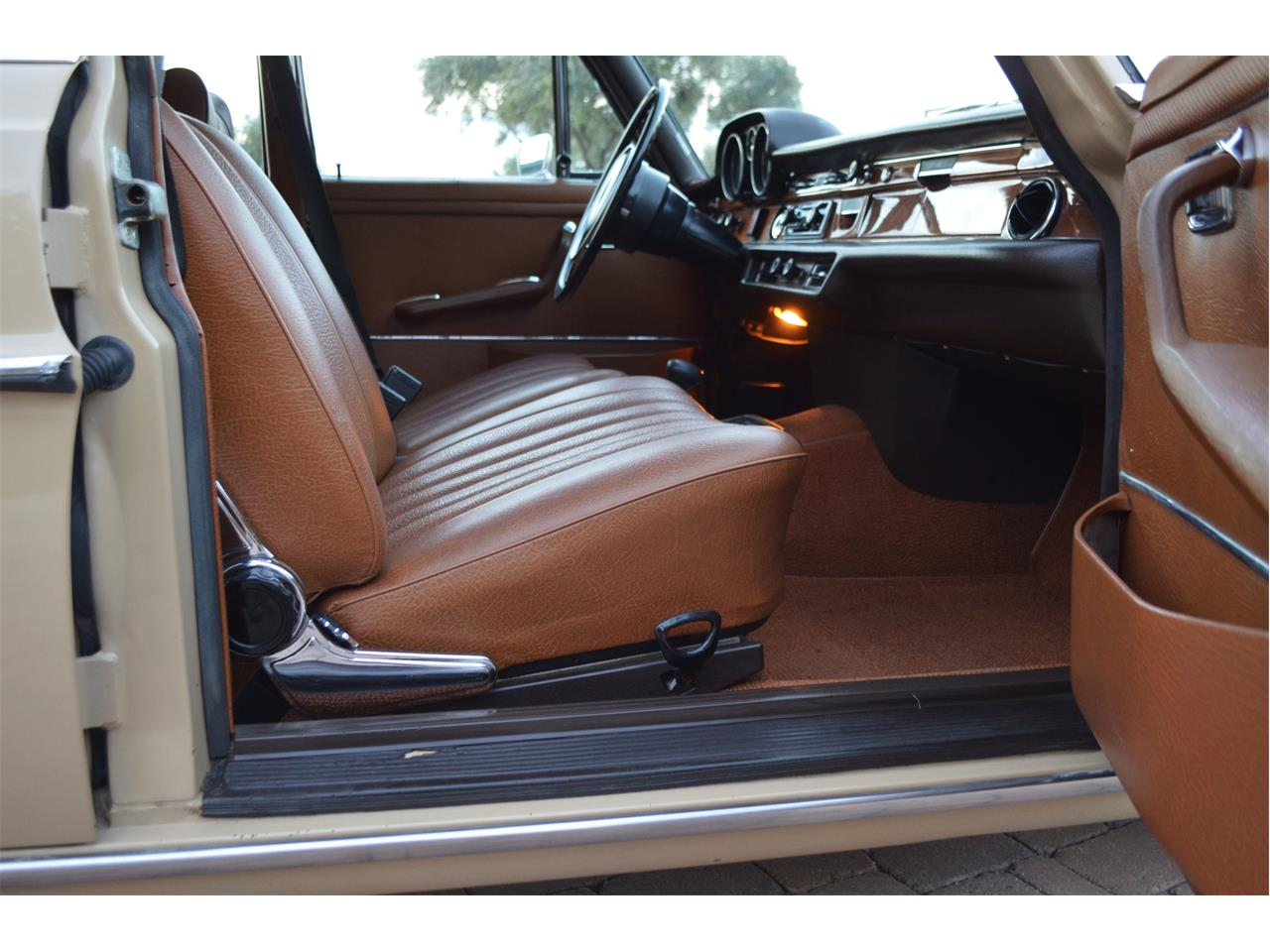 Large Picture of '73 Mercedes-Benz 280SEL located in Arizona - $23,995.00 - PNR0